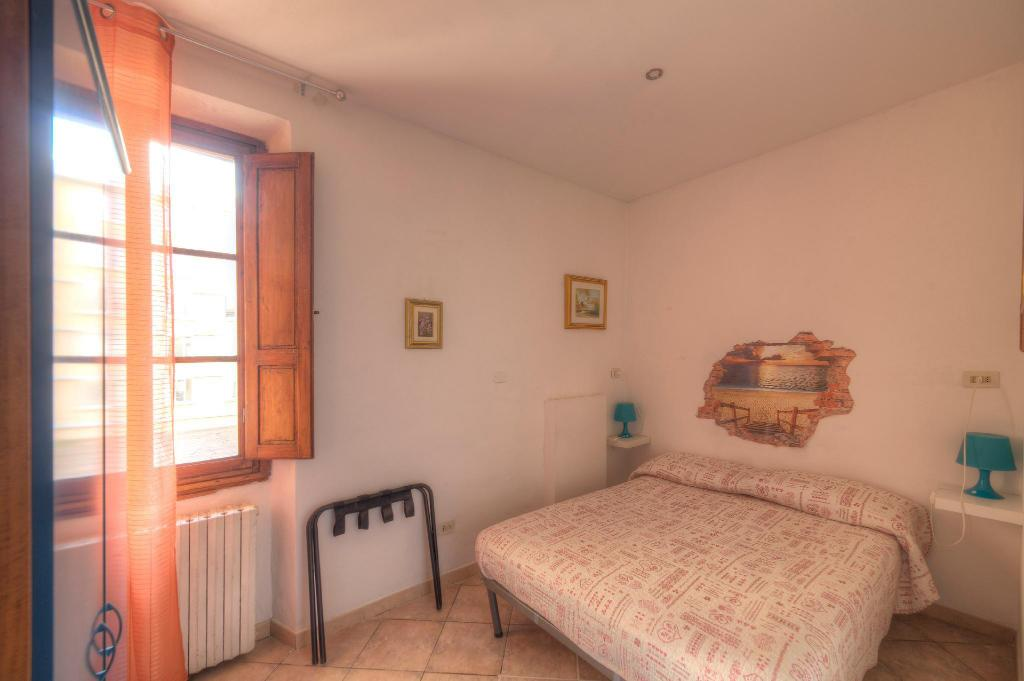 Economy Double Room with shared shower/WC - Room plan Sogni D'Oro Guest House