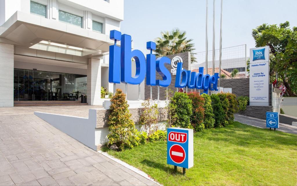 Ibis Budget Surabaya Diponegoro Hotel Deals Photos Reviews