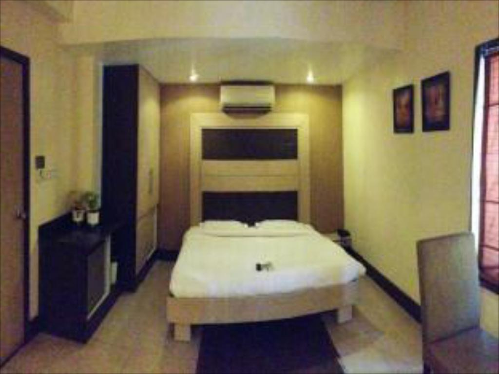 Pokoj Standard Pacific Inn Gurgaon Sec 41