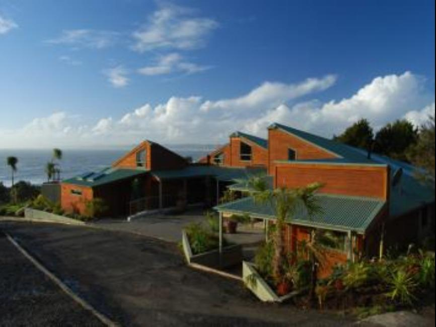 Whenua Luxury Apartment (2 queen beds) (non refundable)
