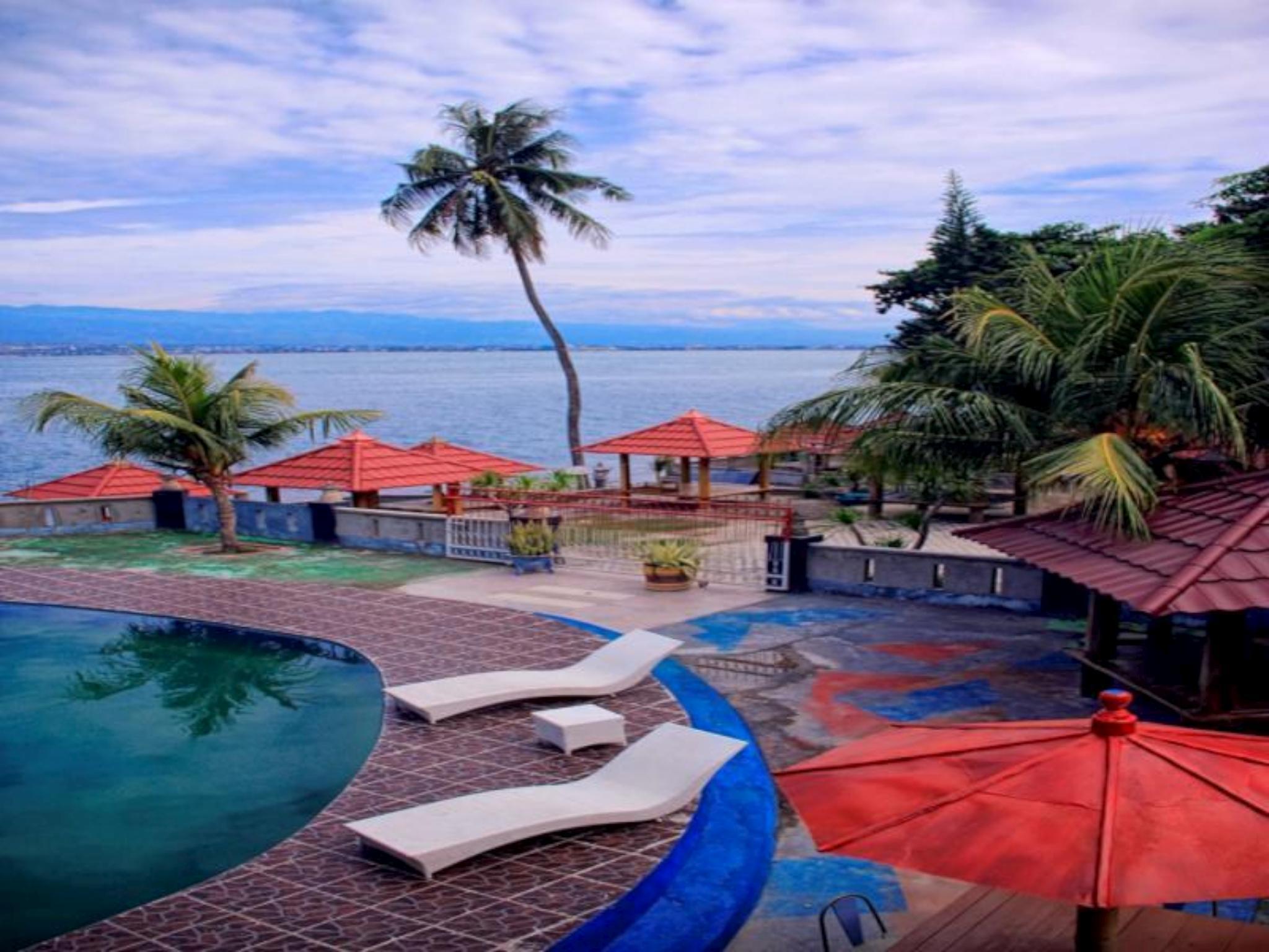 Amazing City Beach Resort Palu