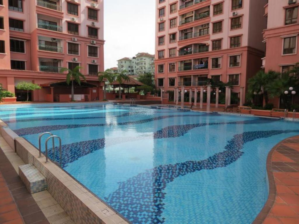 Bassein City Stay @ Marina Court Resort