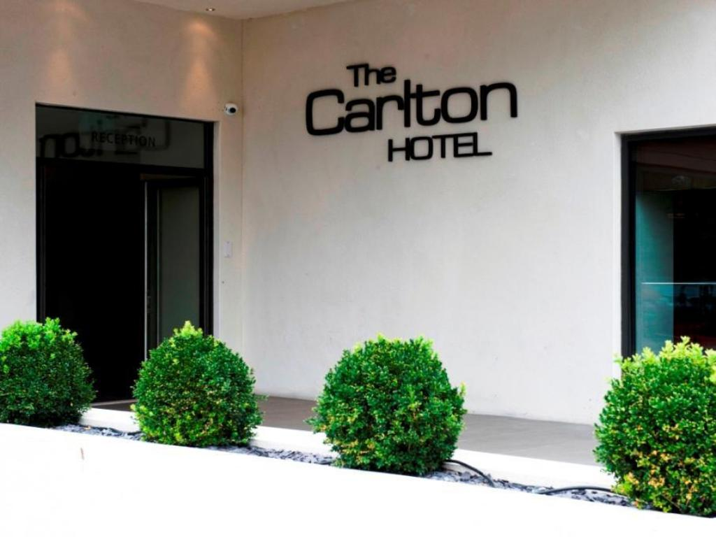 More about Carlton Hotel