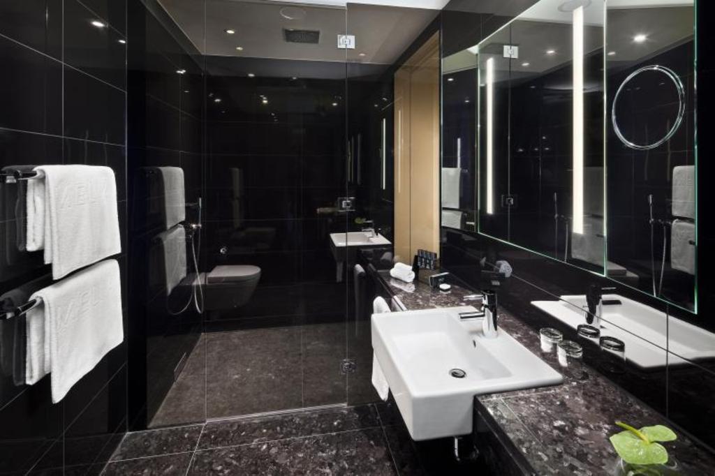 Melia Room Bathroom Vienna