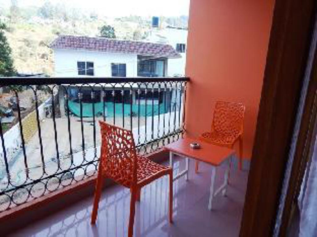 Balcony/terrace Fairstay Resort Ooty