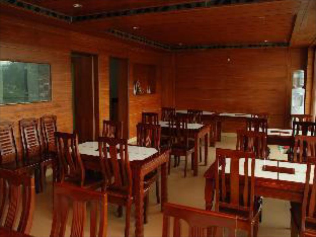 Restaurant Fairstay Resort Ooty