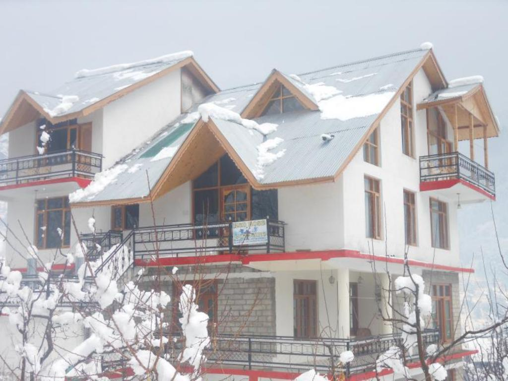 Red Rose Cottages Manali