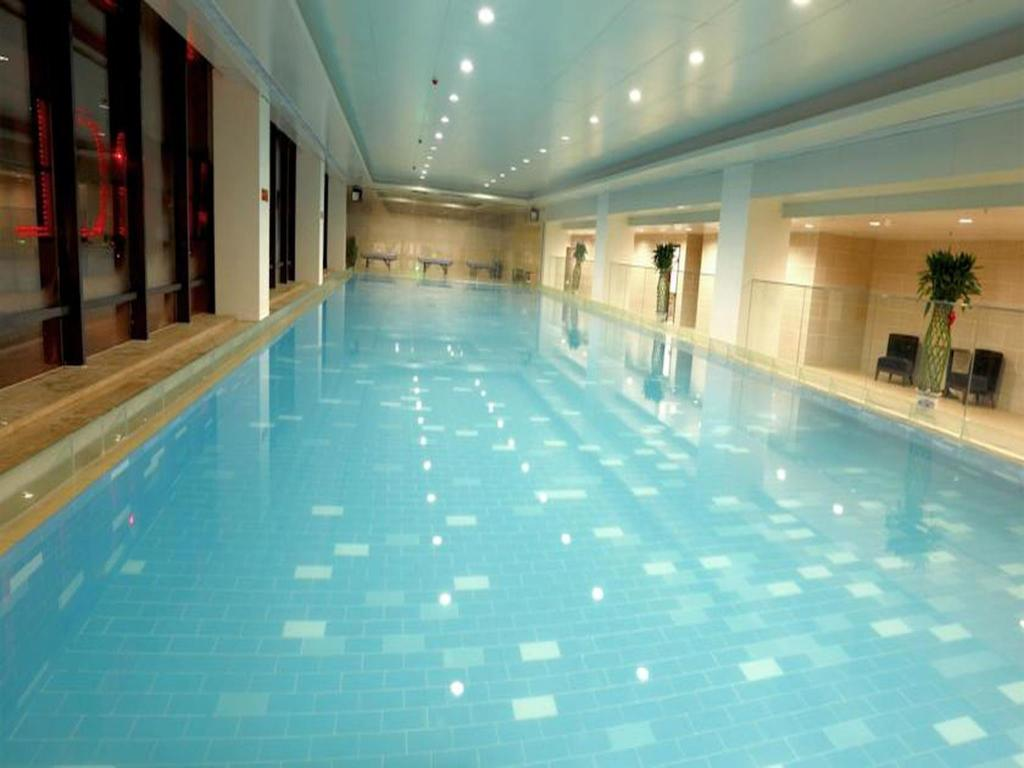 Piscina Shenyang Rayfont International Hotel