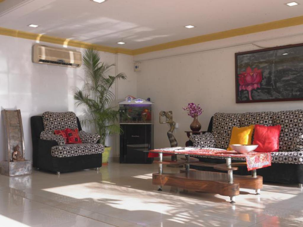 Lobby Jayan's Boutique Suites
