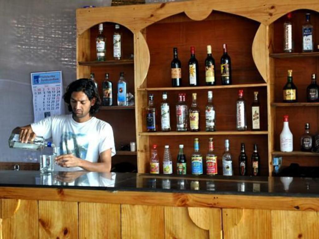 Bar/salonek Om Shanti Patnem Beach Stay