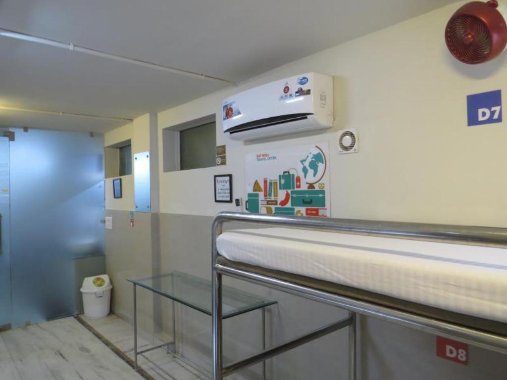 1 Person in 6-Bed Dormitory - Male Only