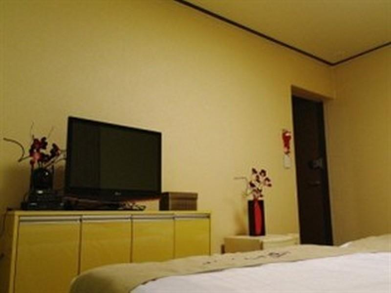 单人床间 (Single Bed Room)
