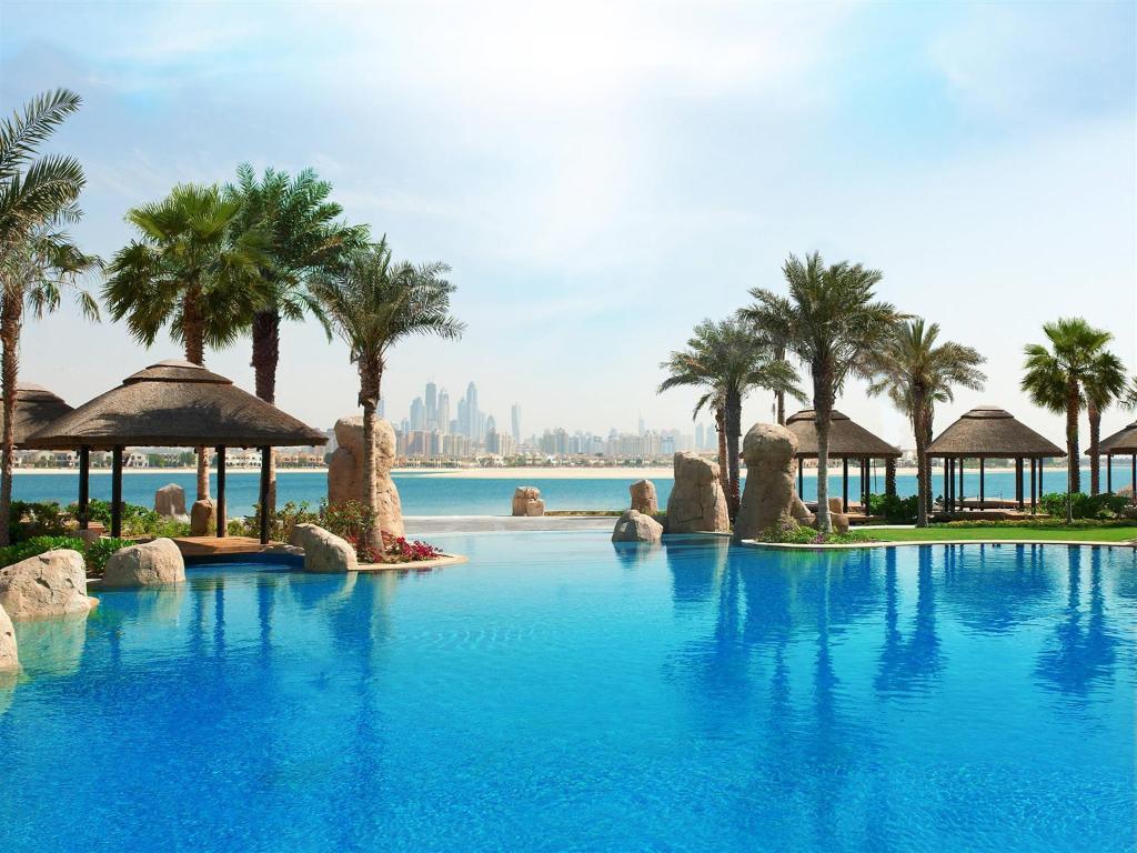 Sofitel Dubai The Palm Luxury Apartments Hotel