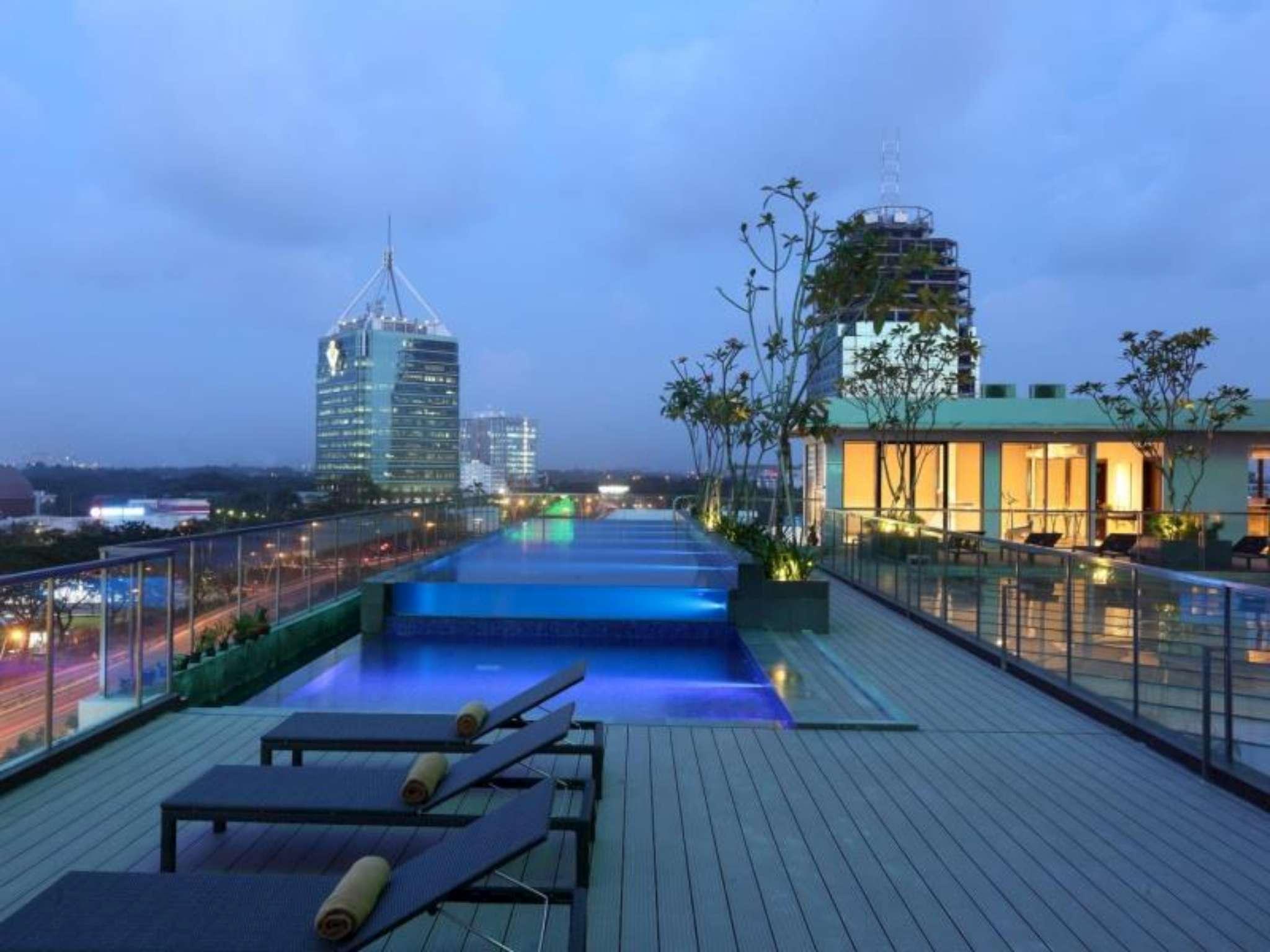 hotel santika premiere bintaro tangerang room deals reviews rh agoda com