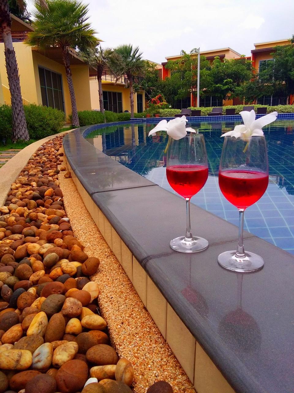 proud garden in samut prakan room deals photos reviews rh agoda com