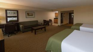 Holiday Inn Solomons Conference Center & Marina