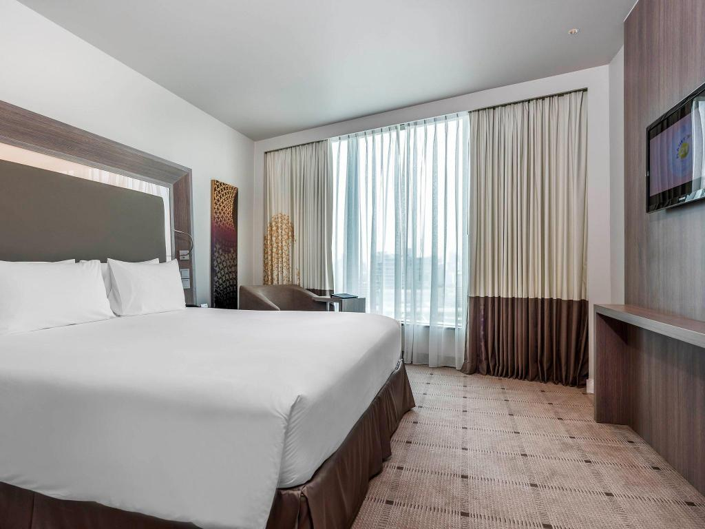 Standard Room with 1 double bed Novotel Bangkok Platinum Pratunam