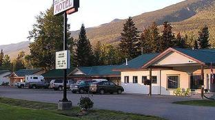 Bell Mountain Motel McBride
