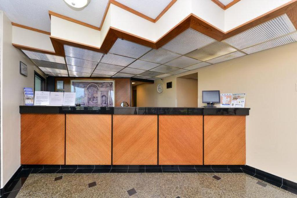 More about Americas Best Value Inn Collinsville St. Louis