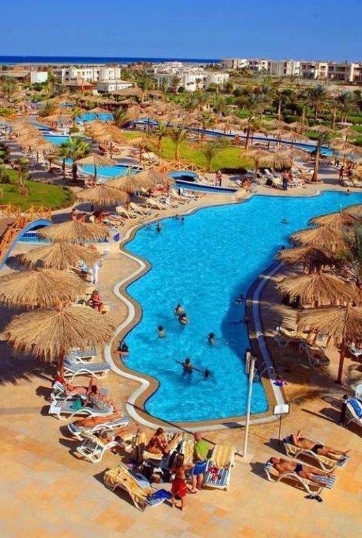 Hilton Hurghada Long Beach Resort In