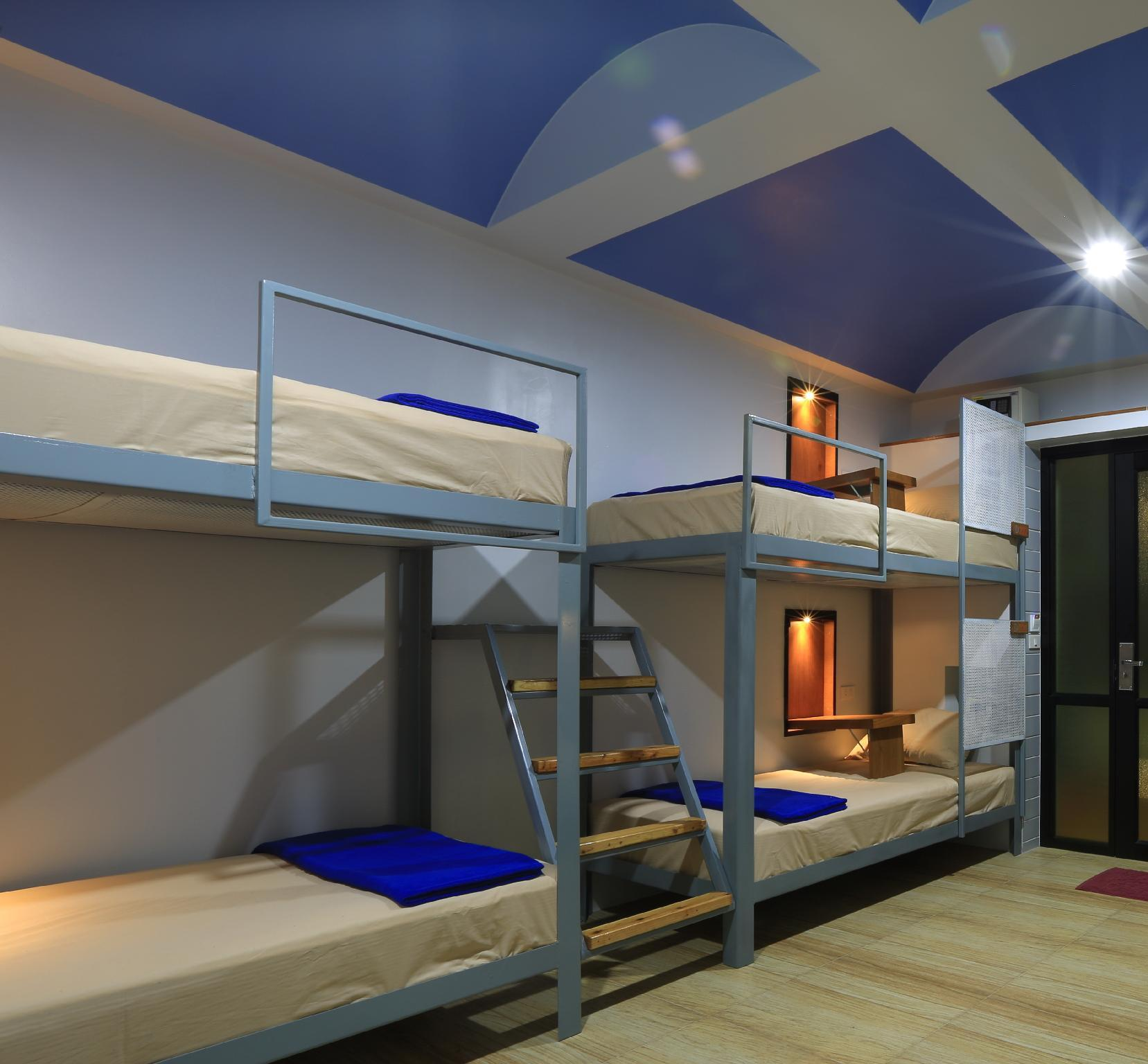 1 Person in 8-Bed Deluxe Dormitory - Mixed