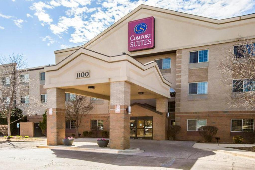 More about Comfort Suites Schaumburg