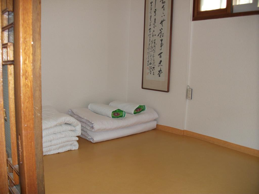 韩式三人间 (Korean Style Triple Room)