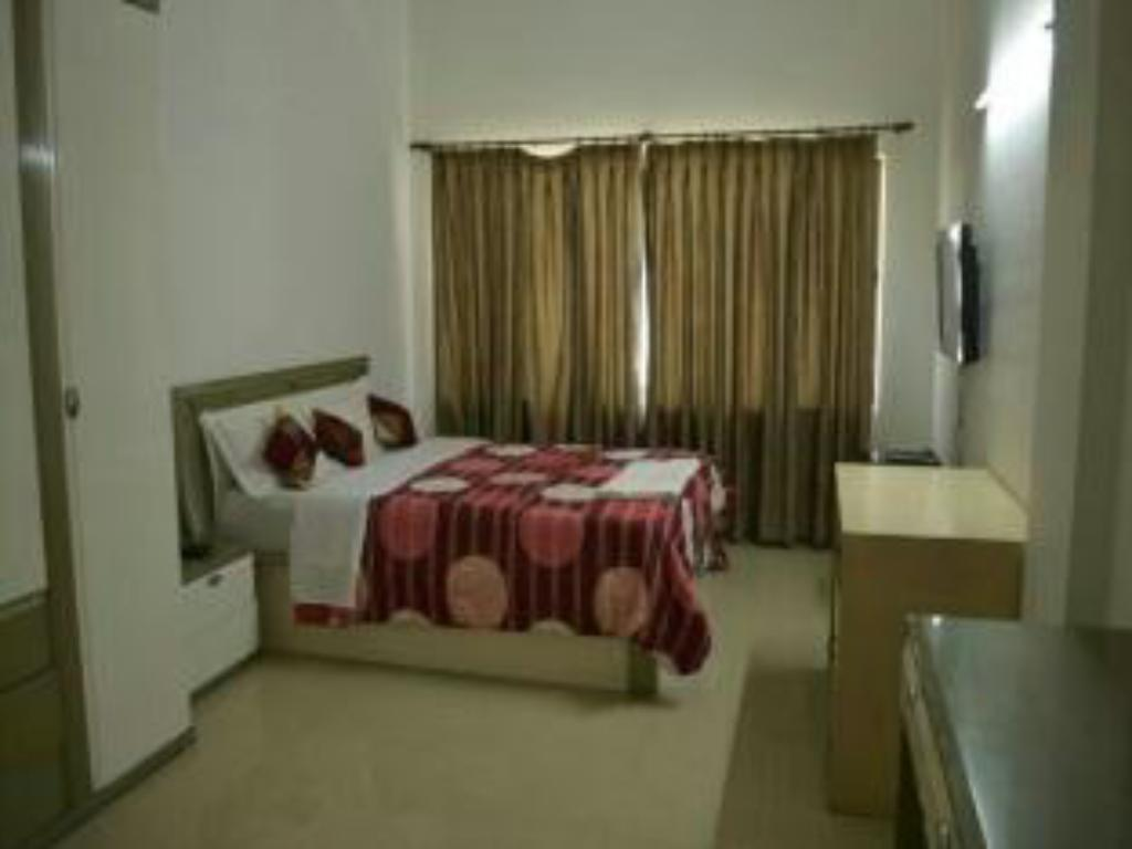 Honey Hospitality Service Apartment-Magarpatta