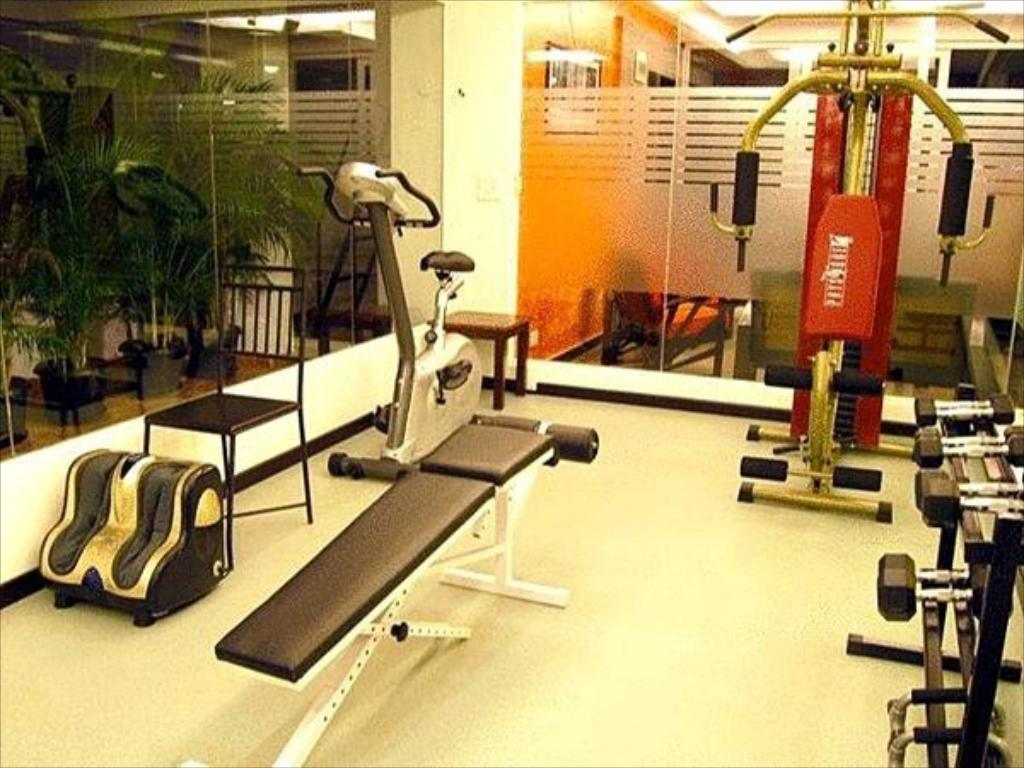 Fitness center Sterling Serviced Apartments Marathahalli