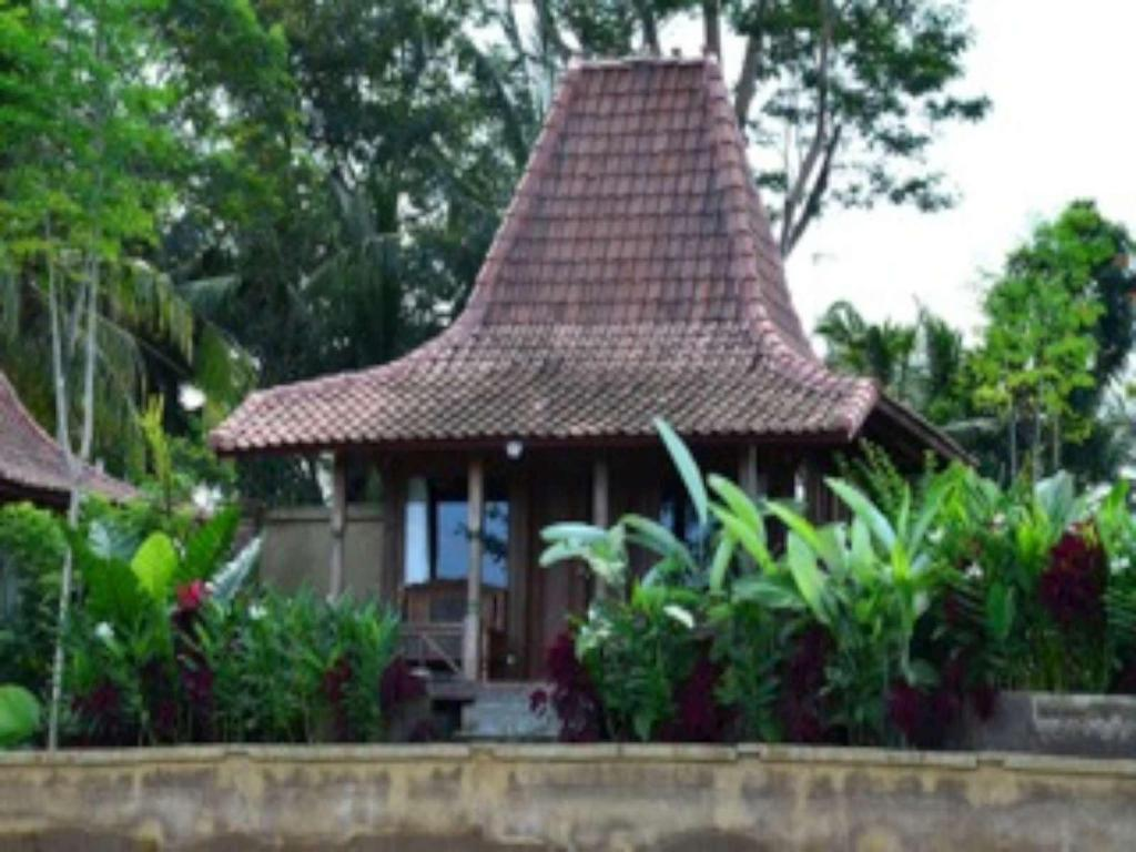 More about Puri Kayu Cottage