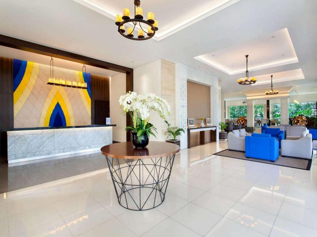 Vestabils Days Hotel and Suites Jakarta Airport