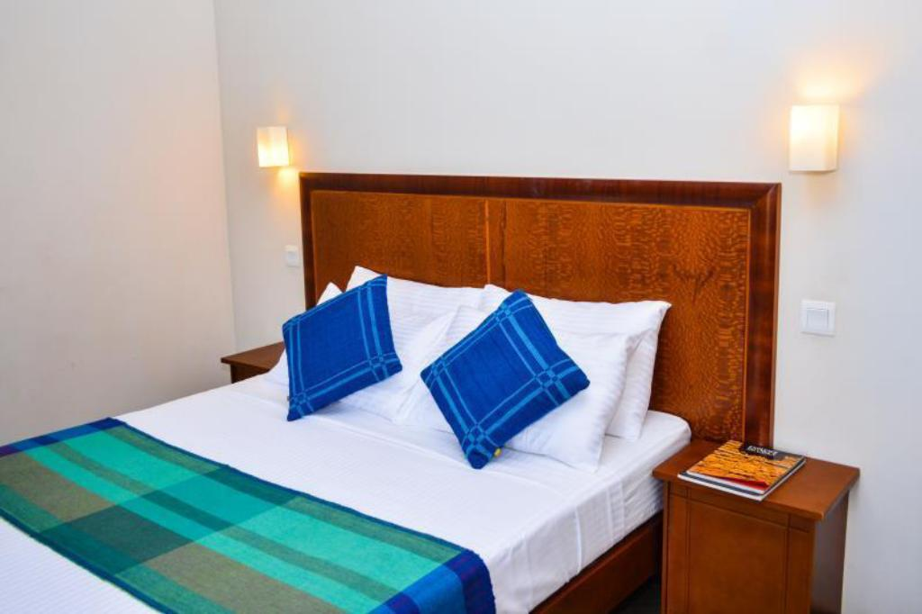 Economy Double Room - Bed Camarin Residence