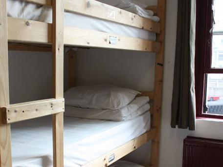 Bed in 6 -Bed Dormitory Room