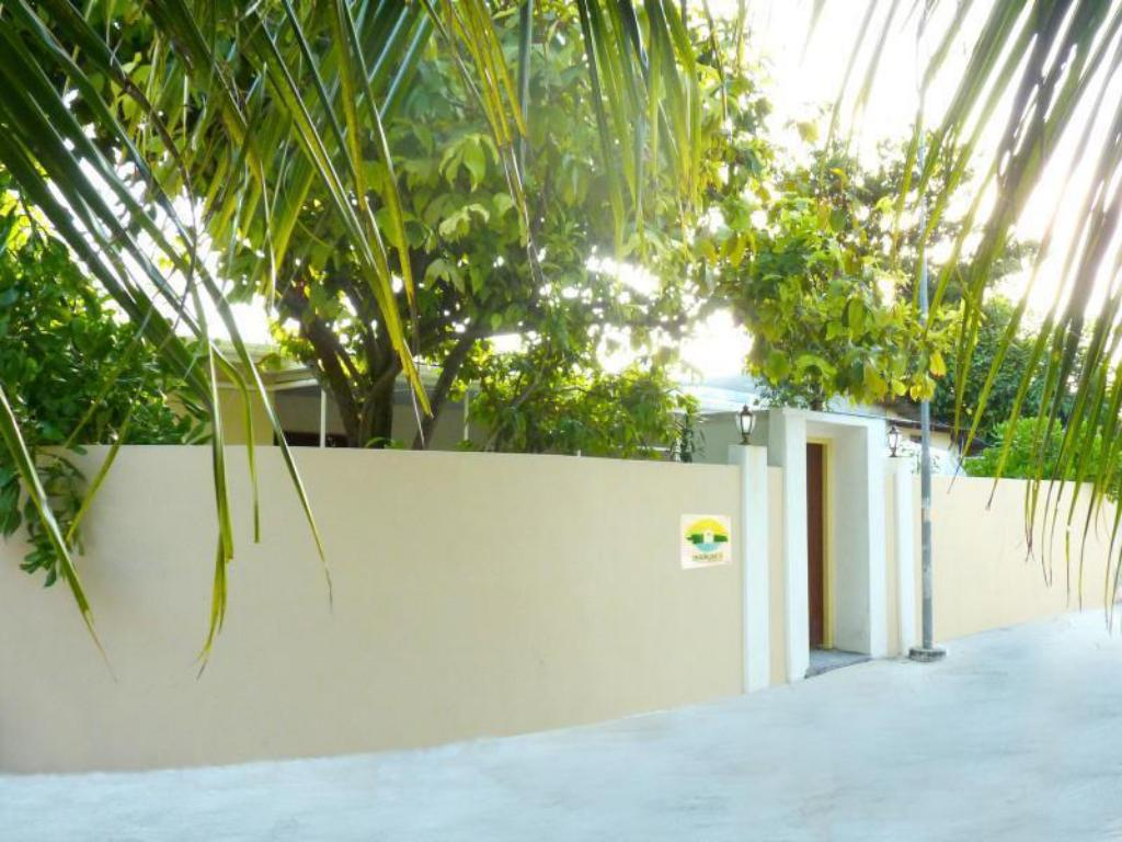 More about Askani Thulusdhoo Guesthouse