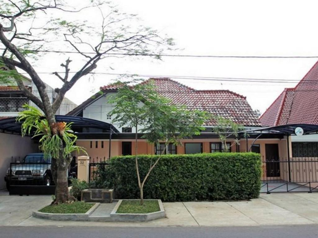 More about Rumah Resik Guest House