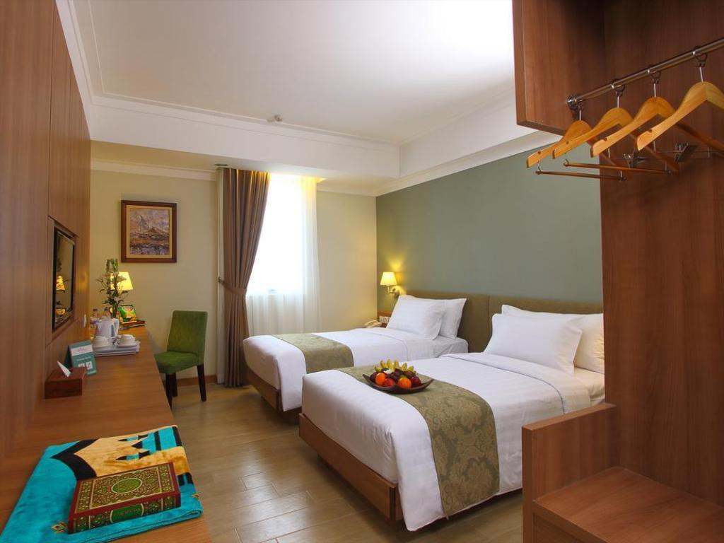 More about Aziza Syariah Hotel Solo by Horison