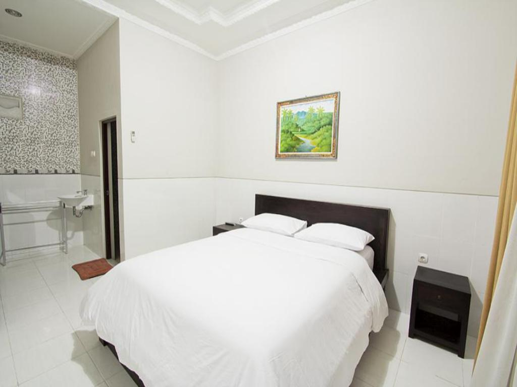 Superior Double Room - Bed Wana Kubu Homestay