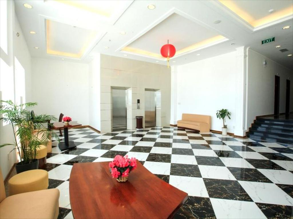 Lobby Den Long Do Hotel