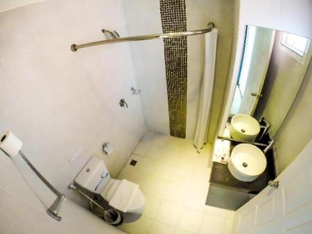 Bathroom My Place Phuket Airport Mansion