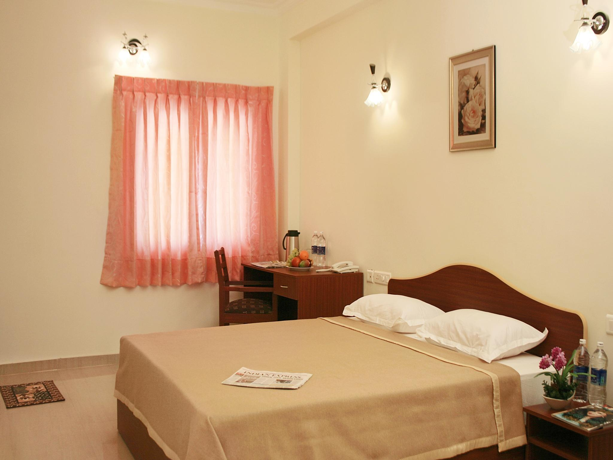 King-huone ilmastoinnilla ja aamiaisella (King Room With Air Conditioning and Breakfast Only)
