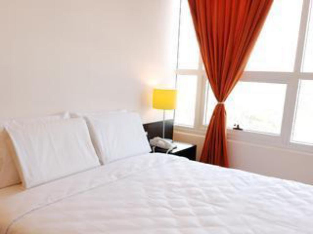 Queen Room - Bed Go Hotels Mandaluyong