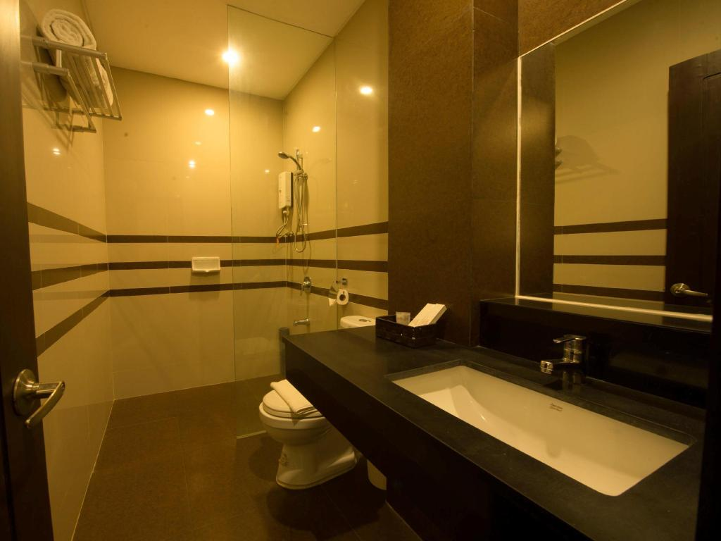 Bathroom Infinity Suites