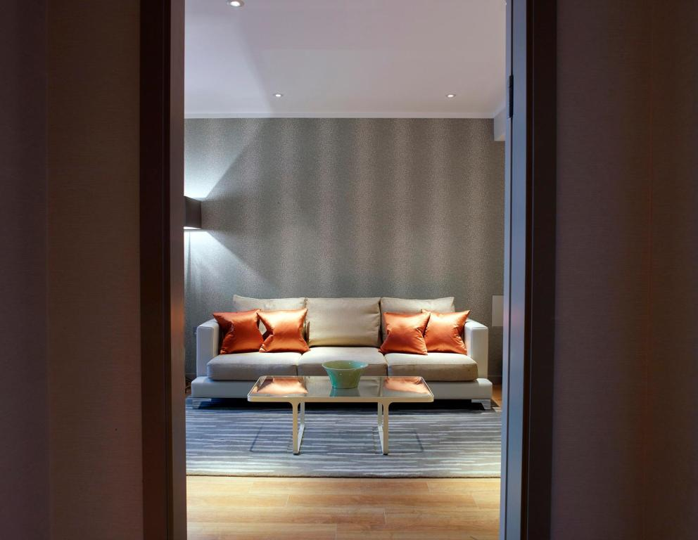 Superior 1-Bedroom Apartment Urban View Cheval Three Quays at the Tower of London
