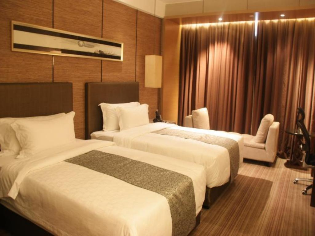 Business King Room - Bed Heaven-sent Plaza Hotel Zhanjiang