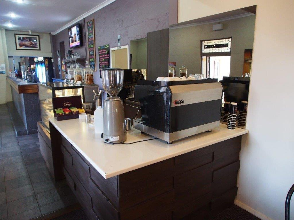 Coffee shop Dongara Hotel Motel