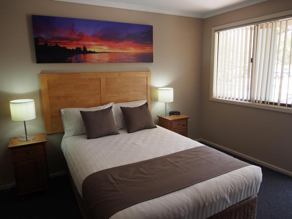 Queen Room Dongara Hotel Motel