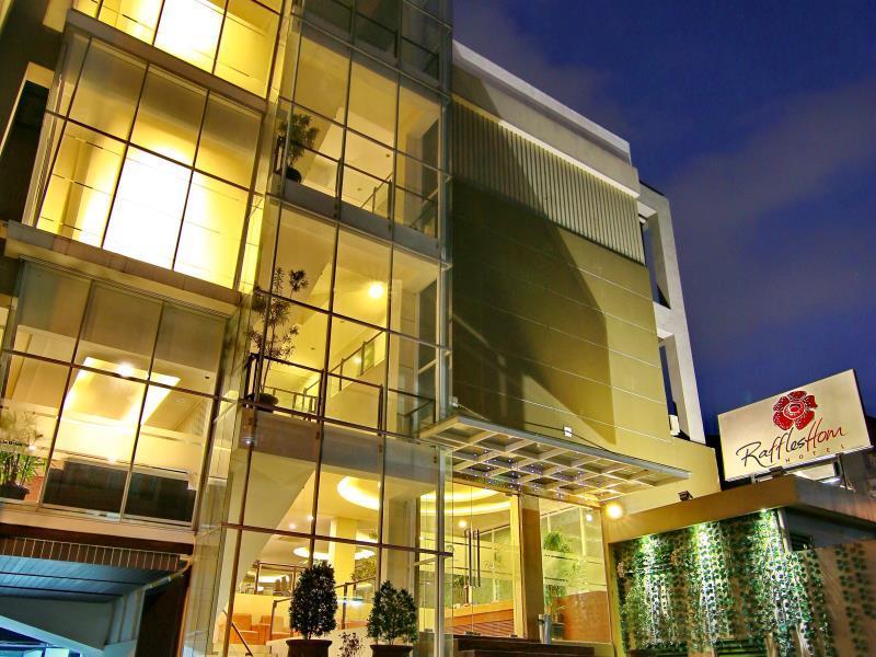 raffleshom hotel in bandung room deals photos reviews rh agoda com