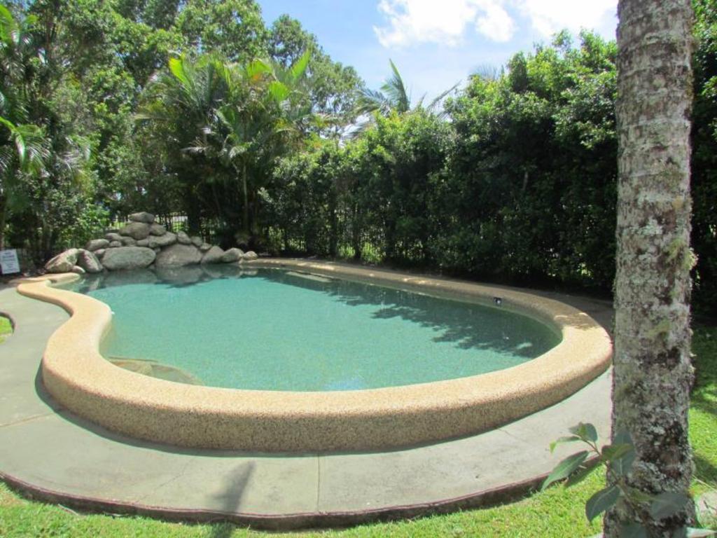best price on atherton hallorans leisure park villa in. Black Bedroom Furniture Sets. Home Design Ideas