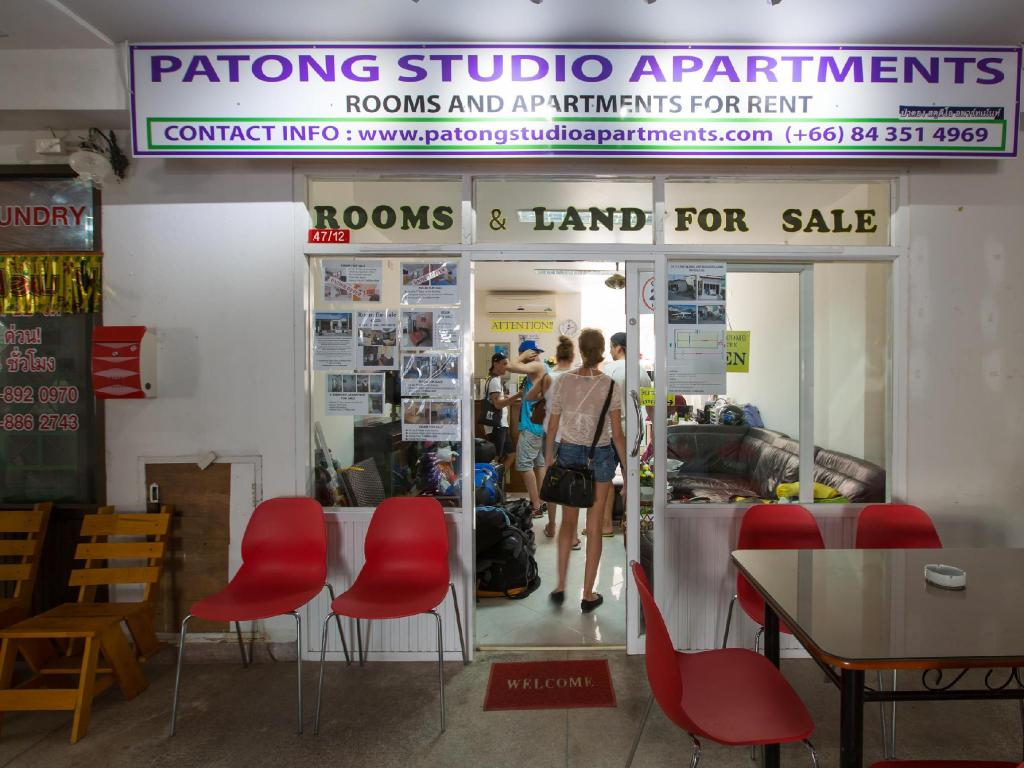 Lobby Patong Studio Apartments