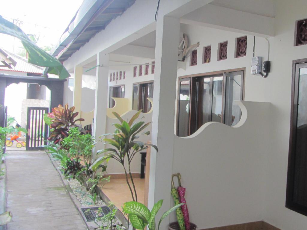 More about Cemoss Homestay